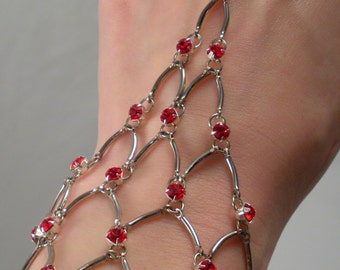 Chain Maille Eternity Bracelet in Red Swarovski Crystal