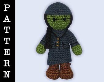 Crochet Pattern - Amigurumi Elphaba