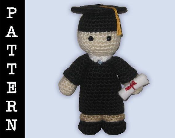 Crochet Pattern - Amigurumi Graduate