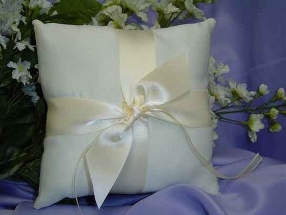 Wedding Ring Bearer Pillow Ringbearer Satin White Ivory Blue Green Yellow Red Burgundy ANY color you need we make