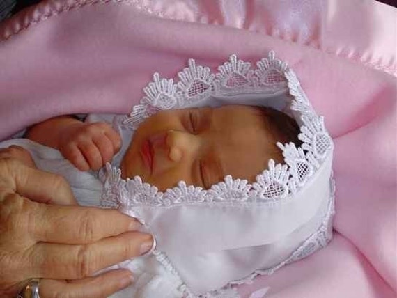 Baby hankie Handkerchief Magic Bonnet turns handkerchief for wedding Venice lace White or IVORY