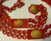 Vintage Celluloid Plastic Chain Belt Art Deco Seashell Motif 1940's