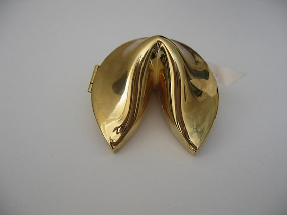 Fortune cookie trinket box gold novelty fun for Fortune cookie jewelry box