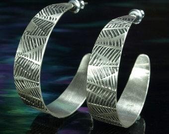Hoop earrings w/post- Ferns (wide)