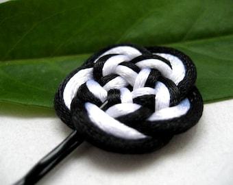 Flower Bobby Pin - Black, White