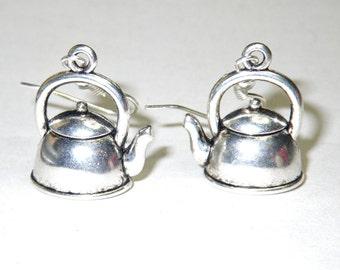 It's Tea time! Teapot earrings. Cute little Antique silver tone teapot earrings. Kitchen kettle earrings. 2 sided design. Tea lovers jewelry