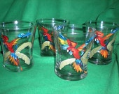 hand painted set of 4 parrots in a palm tree.  hi balls.great set