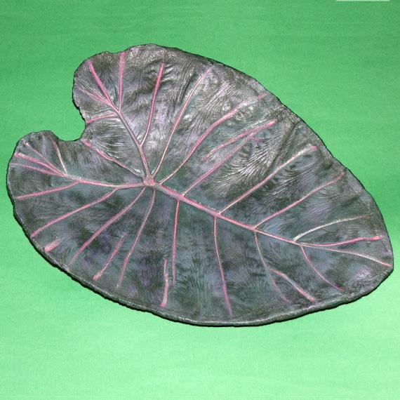 Elephant Ear Leaf Concrete Birdbath