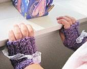 Childrens Fingerless Mittens - Tiny Victorian