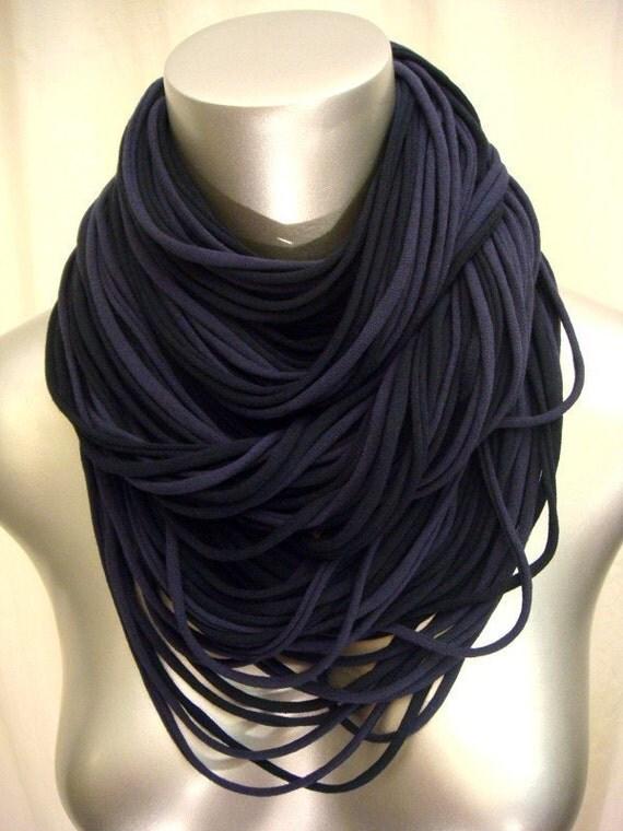 necklush ultra - black and blue