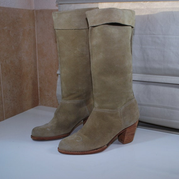 70s Vintage Western Suede Cuffed Boots Lighthouse Footwear Size 5 5.5