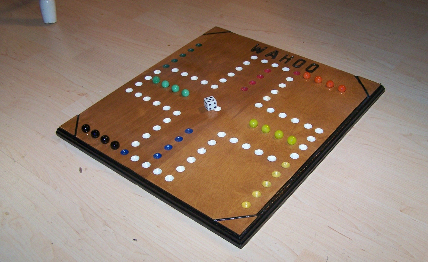 Very Nice Wooden Wahoo Board Game W Marbles