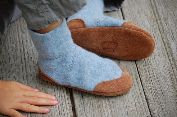 Kids Wool Slippers, Children Shoes, Eco Friendly, size 7.5, Come Blow Your Horn