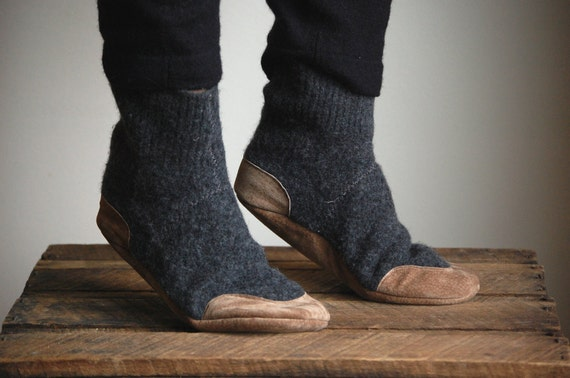 SALE, Mens Wool Slipper Socks, Eco Friendly, men size 11.5, Lamb to School