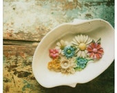 vintage brooches 5x7