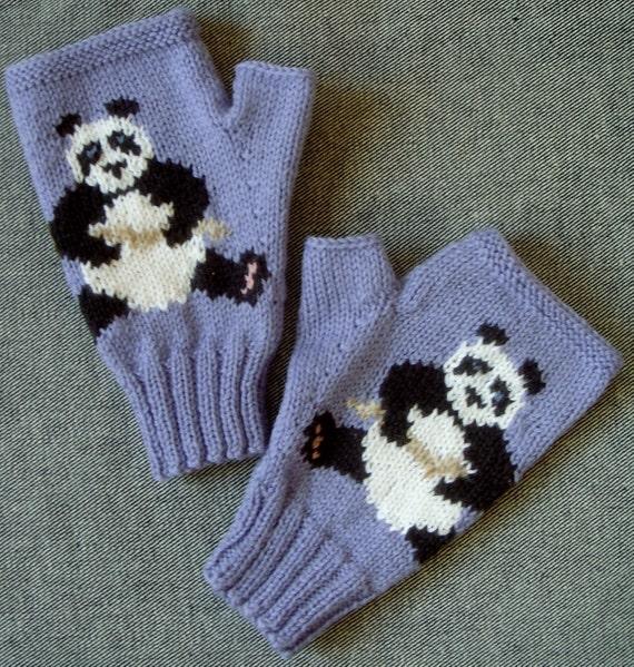 Panda mauvy-blue wool fingerless mitts/gloves
