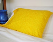 Snuggly Flannel Pillow Case - Yellow Swirls