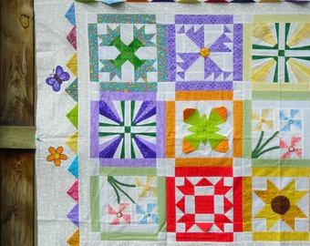 PIECEFUL GARDEN - Block of the Month - complete pattern in book form