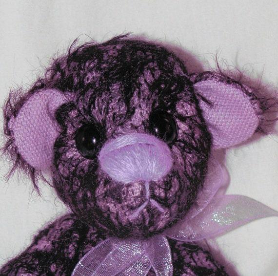 Misty a liliac and black artist bear