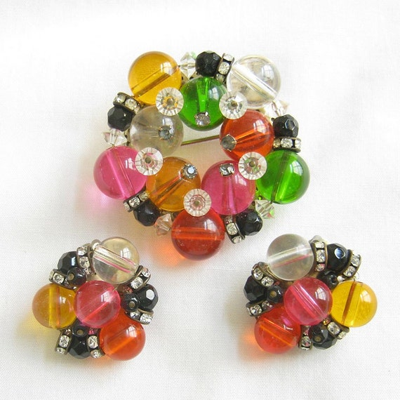 Vintage Multi Color Fruit Salad Lucite, Crystal and Rhinestone Rondells Brooch or Pin and Earrings Demi Parure Set