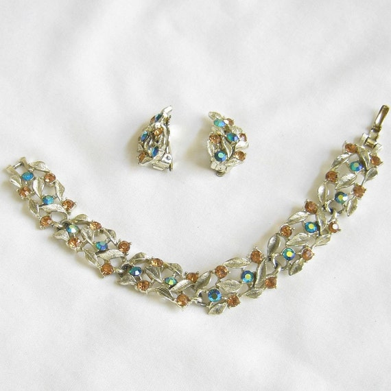 Vintage Topaz and Blue Aurora Borealis Rhinestone Bracelet and clip-on Earrings Demi Parure Set
