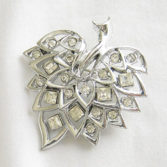 Vintage Clear ICE Square and Round Rhinestones Leaf Brooch or Pin