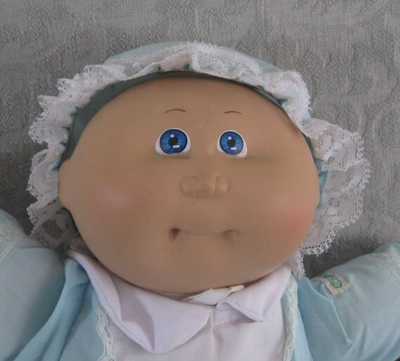 1985 Coleco Cabbage Patch doll Preemie blue eyes light brown hair original  outfit