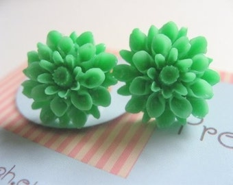 Pretty Pretty Mum Earrings (green)