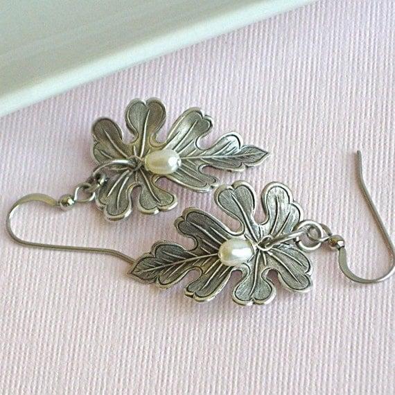 Silver Leaf Earrings Jewelry - Oak, Pearl