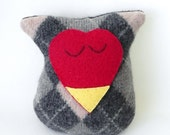 Heart Face Owl Wool Red Face with Gray and Tan Argyle
