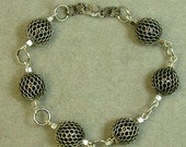 Vintage Japanese Black Lucite Wire Mesh Wrapped Bead Link Bracelet ,Silver