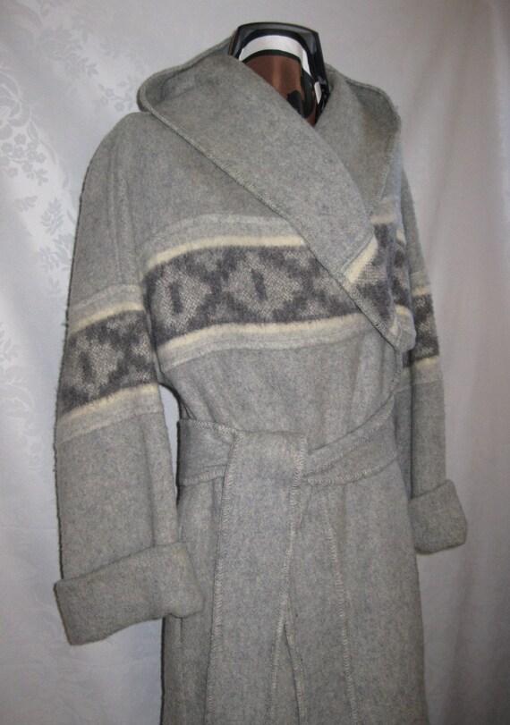 SALE Gray Day Blanket Coat with Hood Medium Vintage 70s