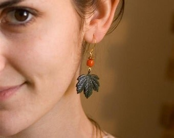 Dangle Earrings - Green Leaves - Nature Inspired Leaf Earrings - Ivy Leaves - Dark Green Leaves - Forest Green Leaves - Forest - Tropical