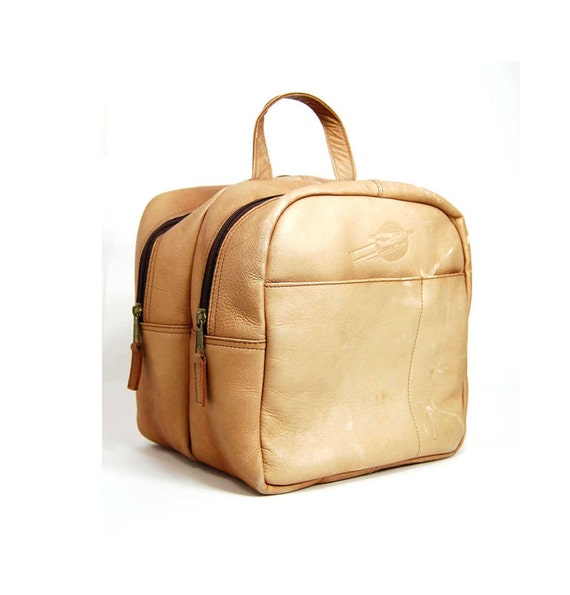 1970s  Colombian Flight Attendant  distressed british  tan leather carry on bag