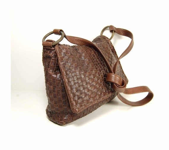 Brown  intrecciato basketweave leather cross body pouch bag