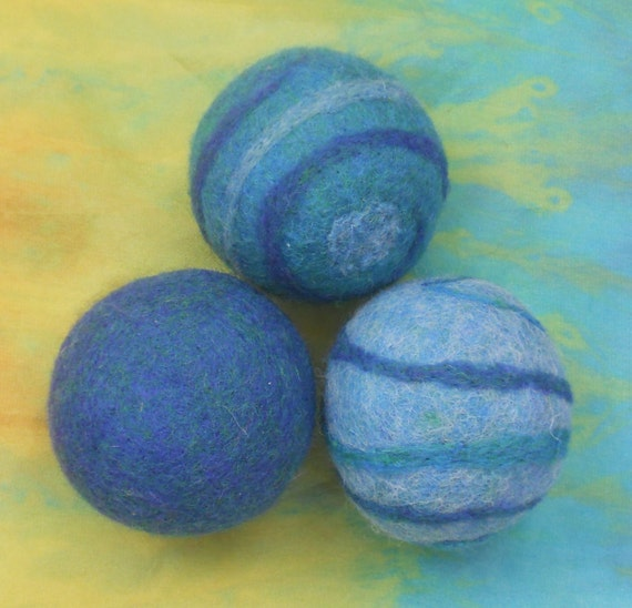 Felted Balls, Set of Three, turquoise, teal, blue, green, Rattle ball, Waldorf Toy, Cat toy, Baby toy, wool