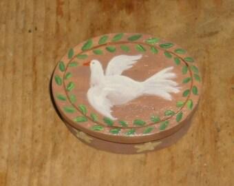Primitive dove of peace painted box