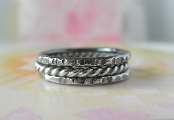 Sterling Silver Ring Set of Three. Hammered & Twisted Stacking. Tres. Aroluna