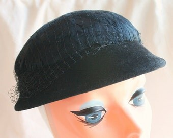 Black Feathered Hat Vintage 1930s Rhinestone Accents Netting Retro Feathers