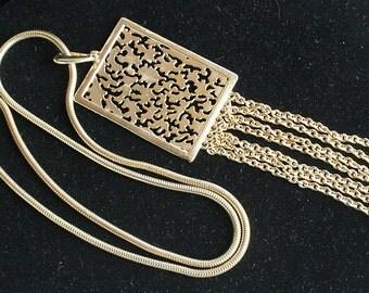Rectangle Filigree Dangles Pendant Necklace Vintage Chain Tassel Dangles Waterfall Bib Stylish Chunky