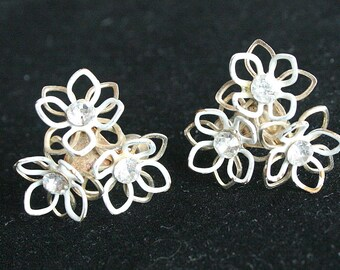 White Star Flower Earrings Vintage Rhinestones Centers Openwork Shabby Chic White Painted