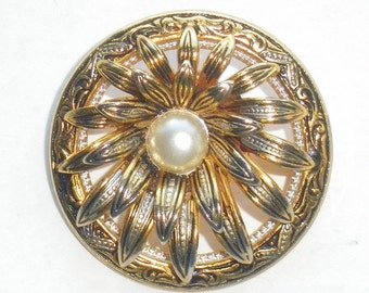 Pearl Damascene Brooch Vintage Pin Delicate Signed Spain Gold Black Faux Pearl