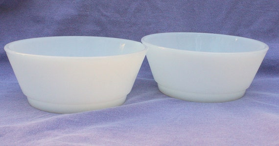 Vintage Fire King Bowls Set 2  White Milk Glass Cereal or Chili Bowl