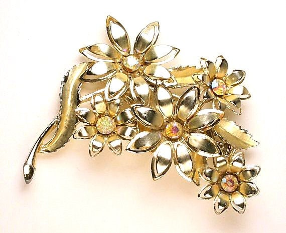 Rhinestone Daisy Flower Brooch Vintage Coro Floral Figural Pin AB Rhinestone Luminous Sparkle