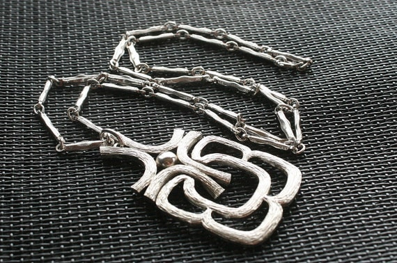 Vintage Silver Modernist Pendant Necklace Abstract Silvertone Bar Chain Avon Openwork