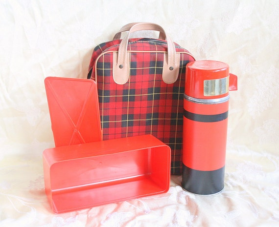 Vintage Aladdin Thermos Lunchbox Set Red Plaid Bag