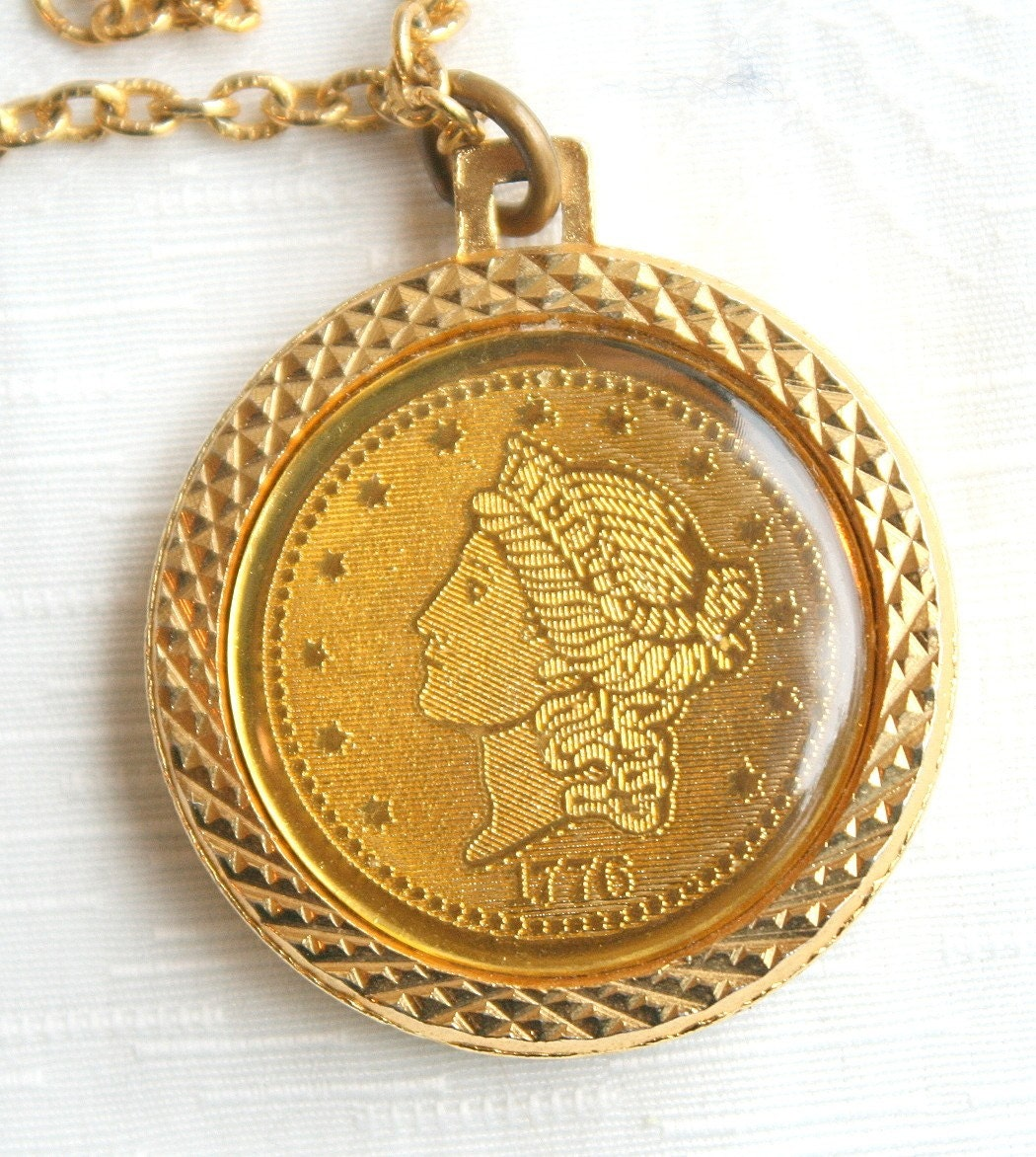 Vintage Bicentennial Coin Pendant Necklace 1976 Lady Liberty