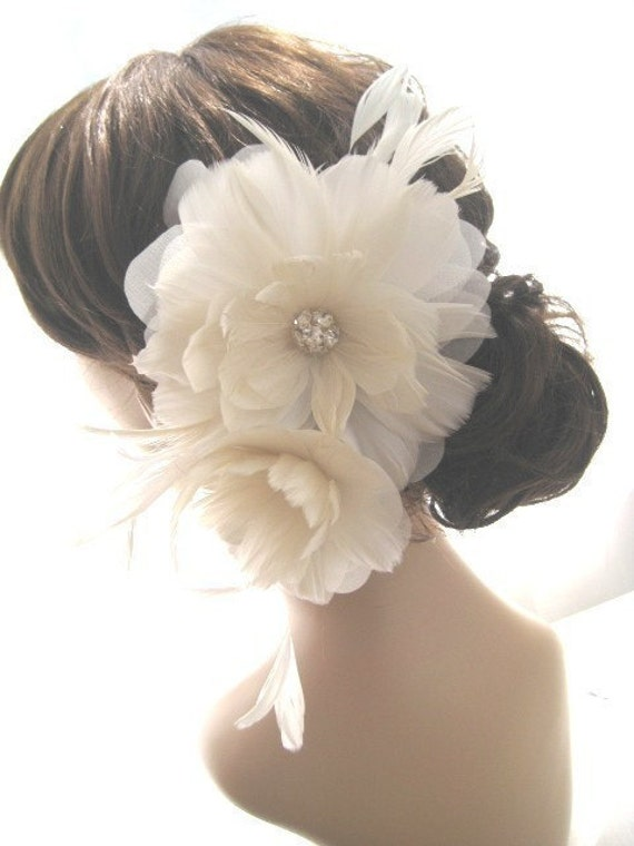 EVANGELINE Feather Flower Rhinestone Center Fascinator Bridal Hair Clip Accessory
