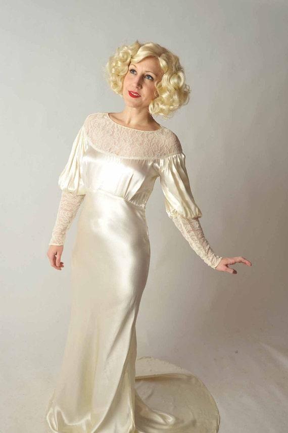 48-Hour Sale - Vintage 1930s Wedding Dress // Bridal Salon at Fab Gabs: The Silver Screen Satin Charmeuse Bias Cut Wedding Gown