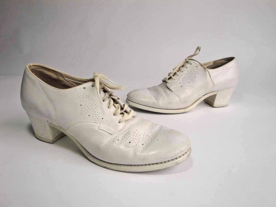 Vintage Nurse Shoes 53